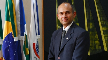Evandro Soares assume reitoria da UFMT — Foto: Willian Gomes - UFMT